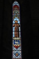 Eglise Saint-Victurnien - Deutsch: Katholische Pfarrkirche Saint-Victurnien in Saint-Victurnien im Département Haute-Vienne (Nouvelle-Aquitaine/Frankreich), Bleiglasfenster; Darstellung: Franz von Assisi