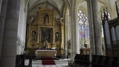 Eglise Notre-Dame - Nederlands: Het altaar van de Onze-Lieve-Vrouwekerk van Le Bourg-Dun, Frankrijk