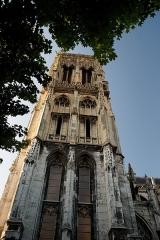 Eglise Saint-Jacques - English: Dieppe - Place Saint-Jacques - View North & Up on Église Saint-Jacques