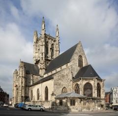 Eglise Saint-Etienne - English: église Saint-Etienne; Fécamp; Normandie, Seine-Maritime, France; ref: PM_007080_F_Fecamp; église Saint-Etienne;; Photographer: Paul M.R. Maeyaert; www.pmrmaeyaert.eu, © Paul M.R. Maeyaert; pmrmaeyaert@gmail.com; Cultural heritage; Europe/France/Fécamp