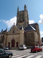 Eglise Saint-Etienne - Deutsch: Fécamp: Kirche Saint-Etienne (franz.: Église Saint-Étienne de Fécamp) Datum: 15.05.2012 Urheber: M. Pfeiffer alias Benutzer:Gordito1869 Quelle: privates Fotoarchiv des Urhebers