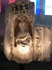 Eglise Saint-Martin - Statue de Saint Pierre dans l'église Saint-Martin d'Harfleur.