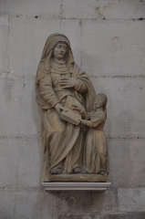 Ancienne abbaye - English:   Montivilliers (France, Normandy), Statue of Education of Virgin Mary in Abbey-Church Saint-Sauveur (2013)