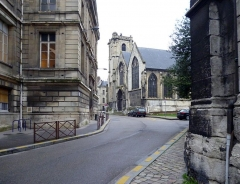 Eglise Saint-Godard - English: Rue Jacques Villon in Rouen, Seine-Maritime, Normandie, France