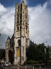 Ancienne église Saint-Laurent - Français:   Ancienne église Saint-Laurent, à Rouen, elle abrite aujourd\'hui un musée de ferroneries, collectionnées par Le Secq des Tournelles et son père.