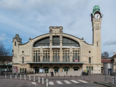 Gare rive droite - English: The Rouen-Rive-Droite Station as seen from south.