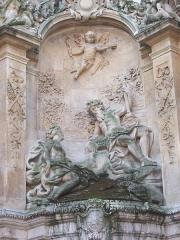 Gros-Horloge et fontaine - Détail de la fontaine du Gros-Horloge.