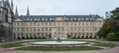 Hôtel de ville - English: The