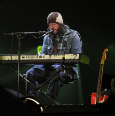 Maison -  Badly Drawn Boy performing at the Tsunami Relief Cardiff concert at the Millenium Stadium in January 2005.