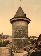 Tour dite de Jeanne d'Arc ou ancien donjon du château de Philippe-Auguste -