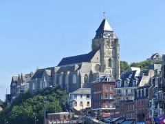 Eglise Saint-Jacques - English:   Sight, from the dock, of Saint-Jacques du Tréport church, in Le Tréport, Normandy, France.