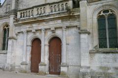 Eglise Saint-Martin -  Porche Eglise saint Martin