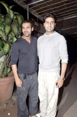 Ferme du Couvent - English: Abhishek & John Abraham at the screening of Madras Cafe