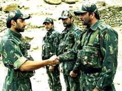 Ferme du Couvent - English: Abhishek Bachchan in a still from LOC Kargil