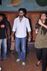 Ferme du Couvent - English: Abhishek Bachchan meets fans at 'Bol Bachchan' screening