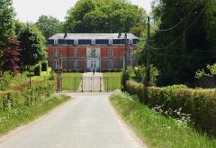 Château de Romesnil -  Romesnil, hameau de Nesle-Normandeuse (Seine-Maritime, France).  Le château.