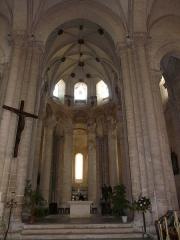 Ancienne abbaye Saint-Pierre - Le chœur de l'église abbatiale Saint-Pierre d'Airvault, Deux-Sèvres, France