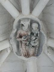Ancienne abbaye Saint-Pierre - Une clé de voûte de l'église abbatiale Saint-Pierre d'Airvault, Deux-Sèvres, France