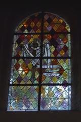 Eglise -  Bleiglasfenster in der Pfarrkirche Saint-Étienne in Boussières, Darstellung:?