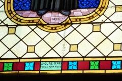 Eglise - Deutsch: Bleiglasfenster (Ausschnitt) in der Pfarrkirche Saint-Étienne in Boussières, Signatur: