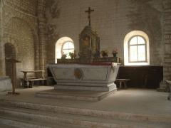 Eglise Saint-Maurice -  Jougne (Doubs, France, , chapelle Saint-Maurice, intérieur, maître-autel et son tabernacle classé M.H..