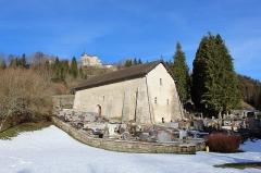 Eglise Saint-Maurice - Français:   La chapelle entourée du cimetière