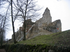 Château (ruines) -  Ruines du Chateau de Montfaucon près de Besancon en Franche Comté - France
