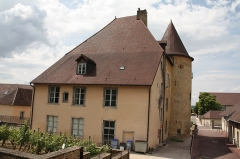 Château Pécaud et Tour Velfaux - Français:   Château Pécauld d\'Arbois