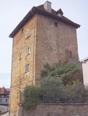 Tour Gloriette - Français:   La tour carrée. Arbois.Jura.