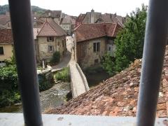 Tour Gloriette - Français:   Vue de la Cuisance depuis la Tour Gloriette