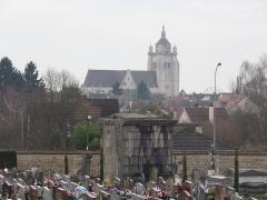 Eglise Notre-Dame - Cimetière de Dole (Jura, France) en janvier 2018.