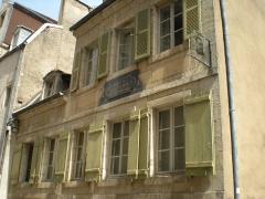 Tannerie, maison natale de Pasteur - Español: Casa natal de Louis Pasteur, en Dole (Francia). Es una casa del siglo XVIII, situada en el nº 43 de la rue Louis Pasteur. Los pisos superiores albergan el Museo dedicado al gran investigador.
