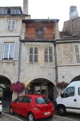 Maison - Français:   Maison, 43 rue du Commerce, Lons-le-Saunier.