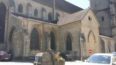 Eglise Saint-Hippolyte - Collégiale Saint-Hippolyte depuis l'arrière