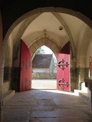 Eglise paroissiale Saint-Aignan - Français:   Porte d'entrée de l'église de Ruffey, depuis l'intérieur.