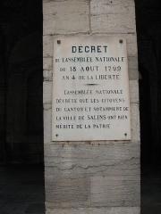 Hôtel de ville -  Plaque commémorative sur la mairie de Salins-les-Bains (Jura)