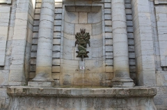 Fontaine de la Sirène - Français:   Fontaine de la Sirène, Poligny, Jura.