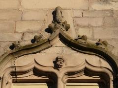 Hôtel de ville  dit tour des Echevins ou encore Maison carrée - English: Tour des échevins (echvins tower) in Luxeuil-les Bains (Haute-Saône, France)