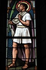 Eglise - Deutsch: Katholische Kirche Saint-Symphorien in Marnay im Département Haute-Saône (Bourgogne-Franche-Comté/Frankreich), Bleiglasfenster; Darstellung: Heiliger Symphorian