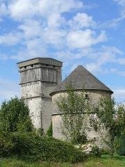 Château - English: Dovecote of the castle of Oricourt (Haute-Saône, France)