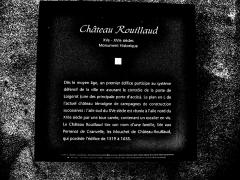Château Rouillaud - Français:   Informations sur le château Rouillaud. Pesmes. Haute-Saône