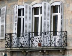 Hôtel Pétremand - Français:   Hôtel Pétremand