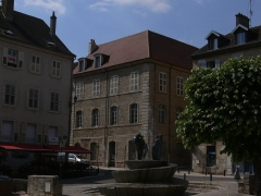 Couvent des Ursulines - Français:   Couvent des Ursulines de Vesoul. Vue depuis la place de l\'Eglise
