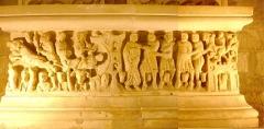 Ancienne abbaye Saint-Hilaire - Abbaye de Saint-Hilaire, Aude (11), Sarcophage de Saint-Sernin face avant