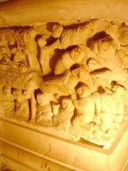 Ancienne abbaye Saint-Hilaire - Abbaye de Saint-Hilaire, Aude (11), Sarcophage de Saint-Sernin côté gauche