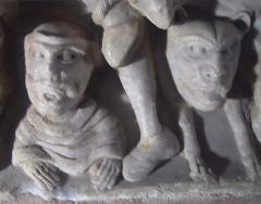 Ancienne abbaye Saint-Hilaire -  Detalle del sarcófago en mármol atribuido al Maestro de Cabestany (Abadía de Saint-Hilaire)