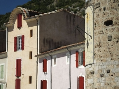 Tour de l'Horloge (reste des anciens remparts) -  Anduze. A series of images to detect the effect of LAT rather than GMT +2. and 4degrees east (16 mins) when EoT is less than 1 minute time.