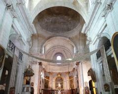 Eglise Notre-Dame-des-Pommiers - Français:   coupole de la croisée du transept