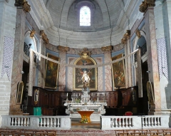Eglise Notre-Dame-des-Pommiers - Français:   le chœur vu de la croisée du transept