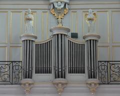 Eglise Notre-Dame-des-Pommiers - Français:   Positif de dos factice comme c\'était l\'habitude à cette époque.